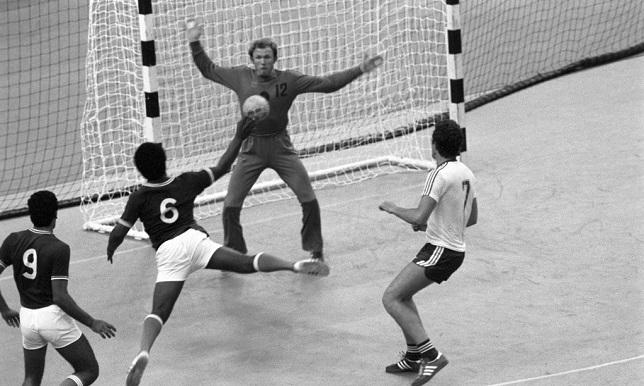 handball-old-2