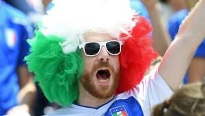 مشجع للمنتخب الإيطالي في يورو 2016