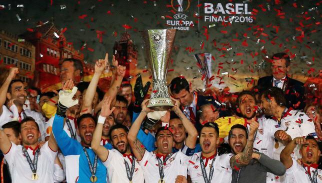 نادي إشبيلية يتوج بلقب الدوري الأوروبي في عام 2016