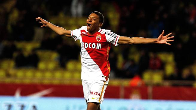 موناكو يسجل الهدف الأول في شباك مانشستر سيتي عن طريق مبابي