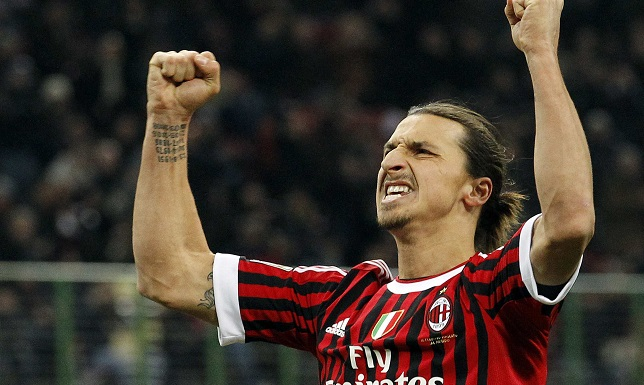 Zlatan-Ibrahimovic-Pictures-AC-Milan-celebration