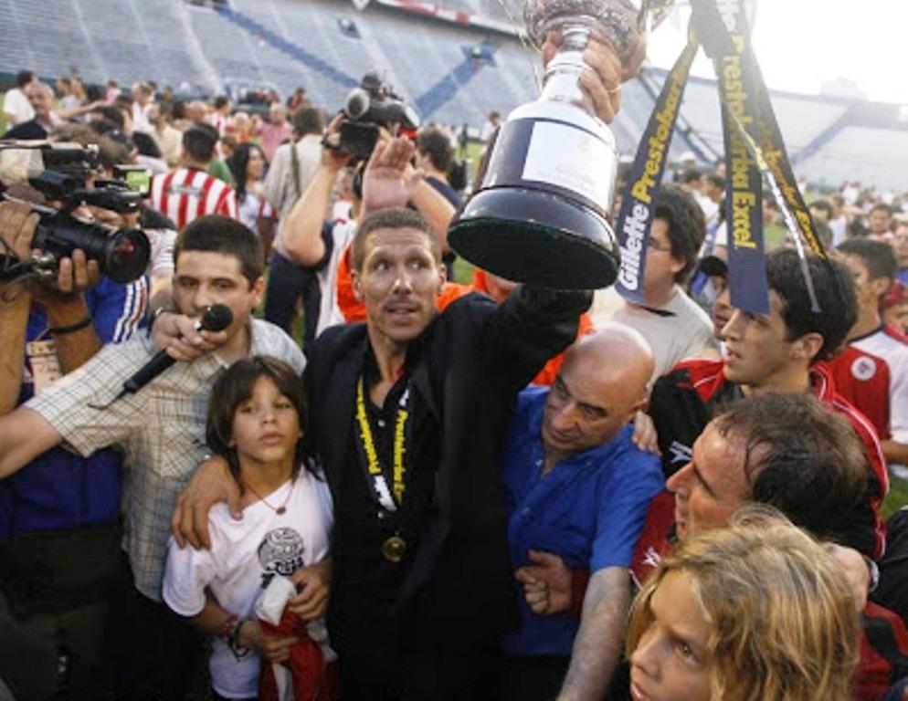 إستوديانتس 2006