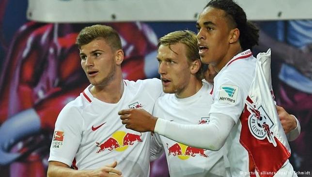 لاعبو لايبزغ قدموا في مباراة أوغسبورغ إمكانيات جديدة حسب، مدرب الفريق