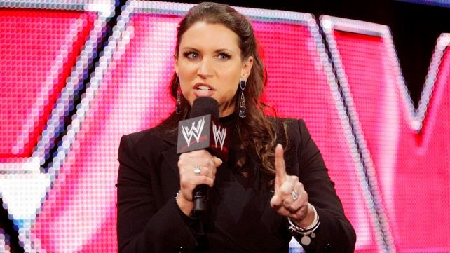ستيفاني مكمان Photo: صور .. أفضل بوسترات المهرجانات الشهرية في تاريخ WWE