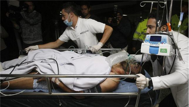 إسعاف أحد لاعبي تشابيكوينسي البرازيلي