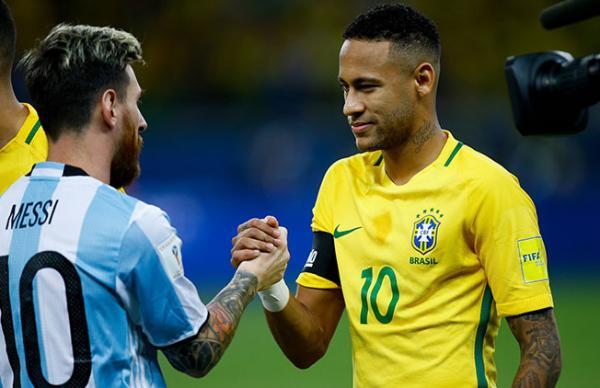 ميسي: الخسارة من البرازيل ضربة لاستفاقة الأرجنتين