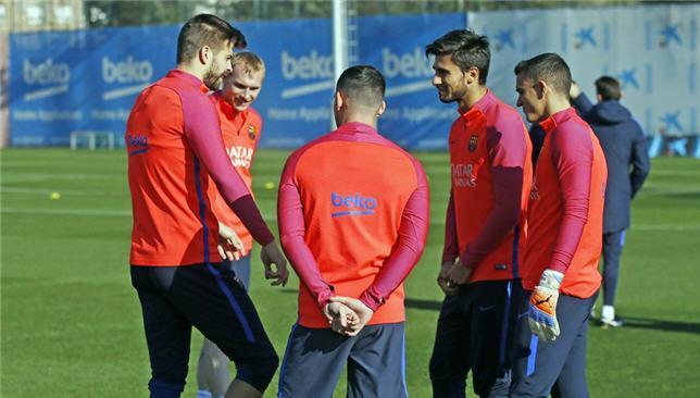 جيرارد بيكيه يشارك في تدريبات برشلونة