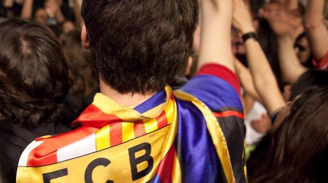 صورة.. برشلونة يعامل مشجع بطريقة مهينة بسبب إعاقته!