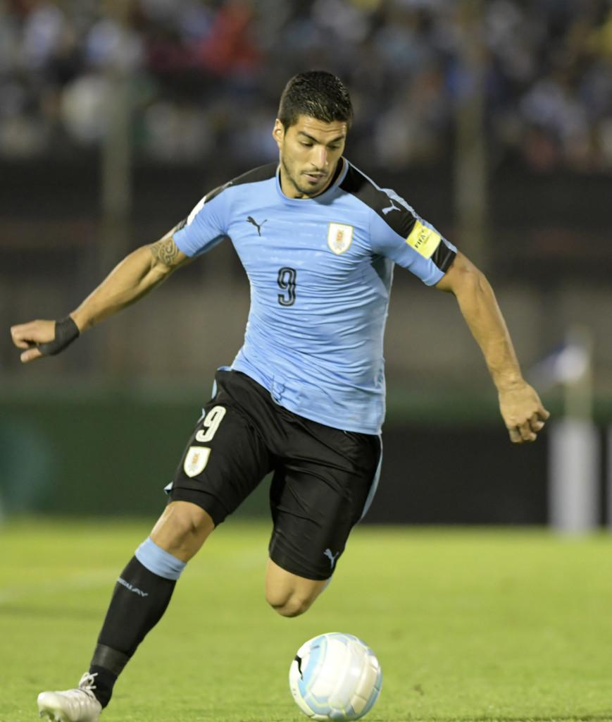 لويس سواريز بقميص أوروجواي