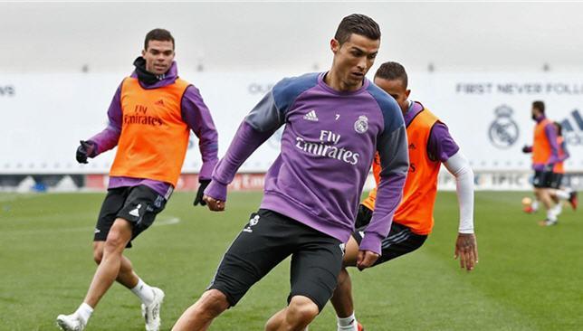 كريستيانو رونالدو وبيبي في تدريبات ريال مدريد