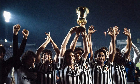يوفنتوس بطل كأس إيطاليا 82\1983