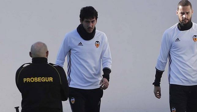 فالنسيا ينفي شائعات طلب باريخو الرحيل عن النادي - كرة قدم - كرة إسبانية - سبورت360 عربية