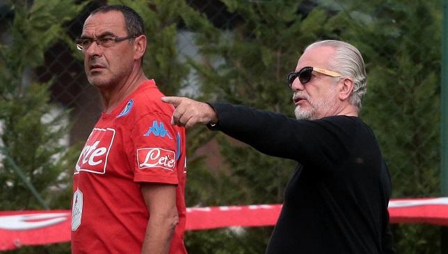 دي لاورينتيس يتحدث مع ساري