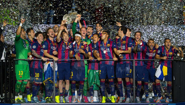برشلونة يحمل كأس دوري الأبطال