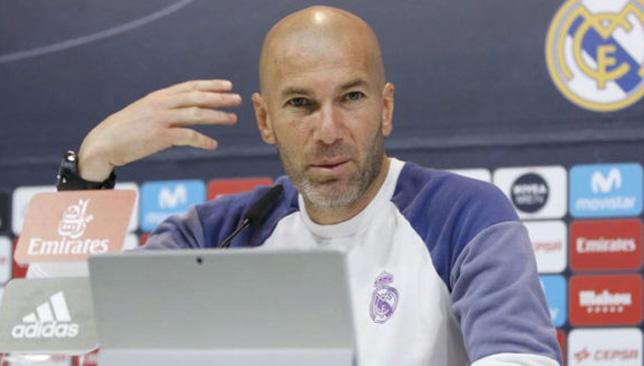 زين الدين زيدان مدرب ريال مدريد الإسباني