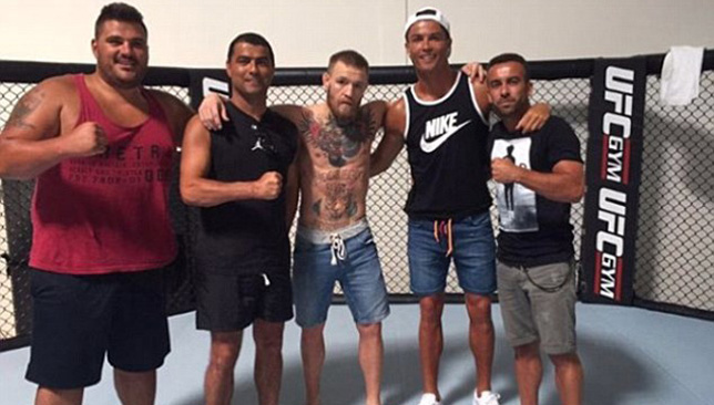 37F9BF3B00000578-3774801-Regufe_was_among_the_Ronaldo_team_which_visited_Conor_McGregor_c-a-47_1473178027881