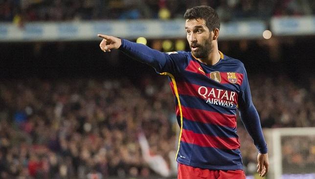 التركي أردا توران لاعب فريق برشلونة الإسباني