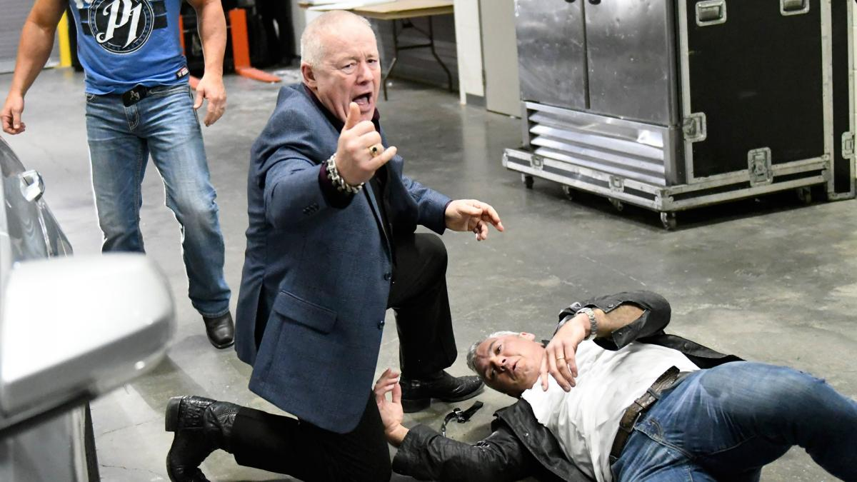 شين مكمان يتأثر الضربات التي تلقاها من ستايلز