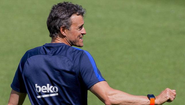 لويس إنريكي مدرب برشلونة الإسباني