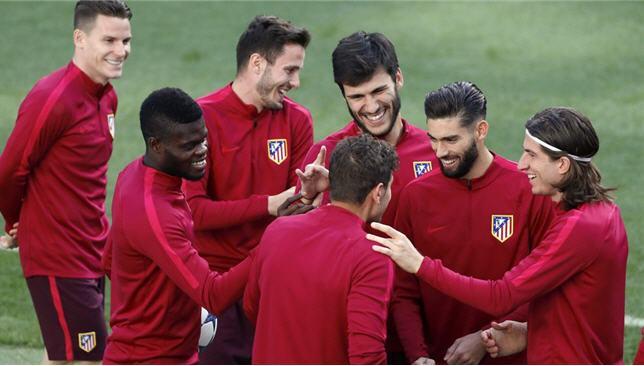 سيميوني يكشف عن قائمة أتلتيكو مدريد أمام ريال مدريد