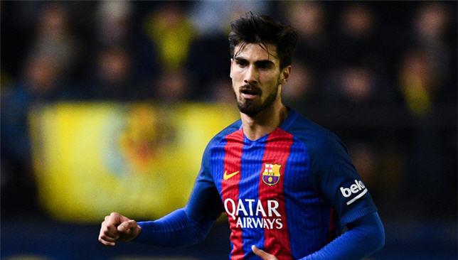 أندريه جوميز لاعب برشلونة