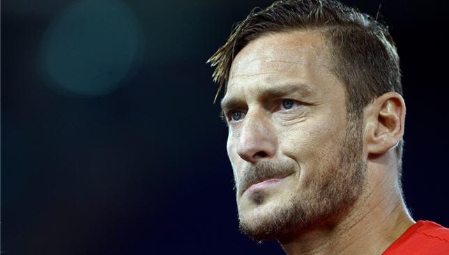 أسطورة كرة القدم الإيطالية فرانشيسكو توتي