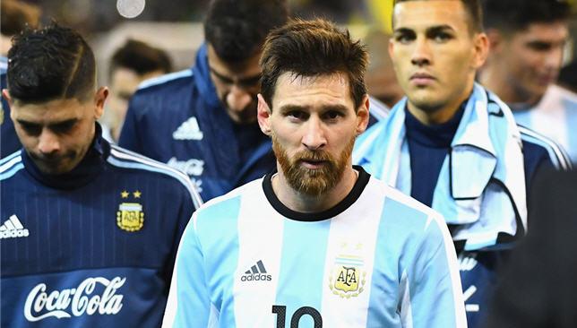 ليونيل ميسي قائد منتخب الأرجنتين
