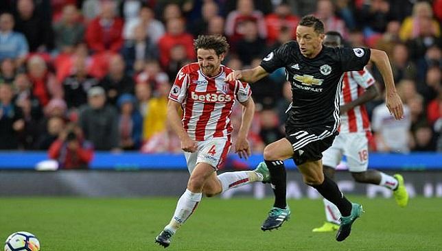 ماتيتش يوجه تحذيراً إلى لاعبي اليونايتد بعد التعادل مع ستوك - مانشستر يونايتد - كرة قدم - سبورت360 عربية