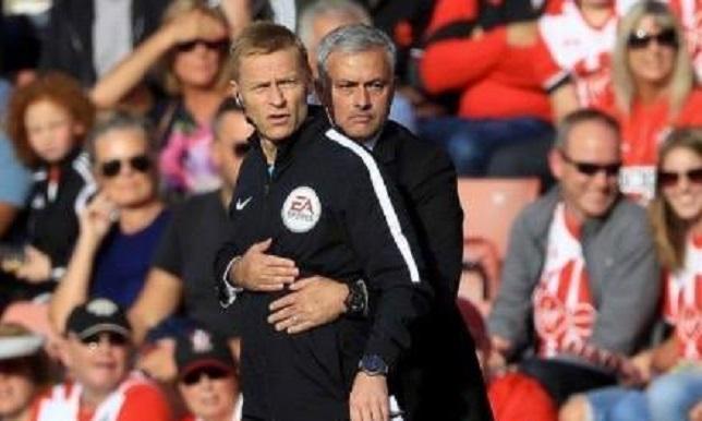السخرية من صورة مورينيو مع حكم مباراة ساوثهامبتون - مانشستر يونايتد - كرة قدم - سبورت360 عربية
