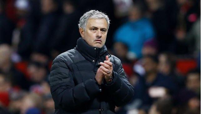 جوزيه مورينيو مدرب مانشستر يونايتد الإنجليزي