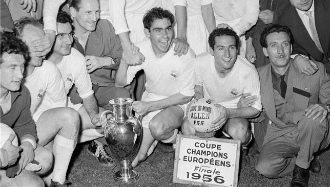 ريال مدريد يتوج بدوري أبطال أوروبا 1956