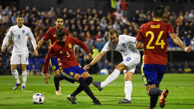 الفيفا يدرس إمكانية تقليص فترات التوقف الدولي - كرة قدم - كرة فرنسية - سبورت360 عربية