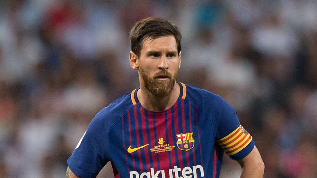 برشلونة يهدي ميسي مبلغاً تاريخياً مقابل تجديد عقده