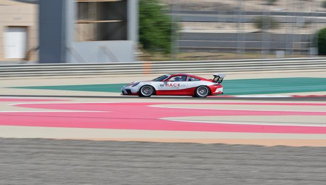 سول هاك خلال اختبارات بداية الموسم التاسع من تحدي كأس بورشه جي تي 3 في البحرين (3)