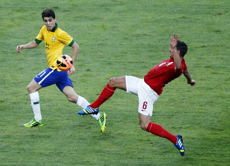 maxصور-مباراة-البرازيل-انجلترا-211b2