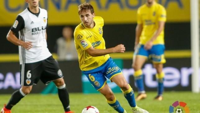 e6a70017e9c6e أعلن نادي لاس بالماس الإسباني عن عودة لاعبيه سيرجي سامبر إلى صفوفه فريقه  الرئيسي برشلونة وذلك بعد أيام على استعارته.