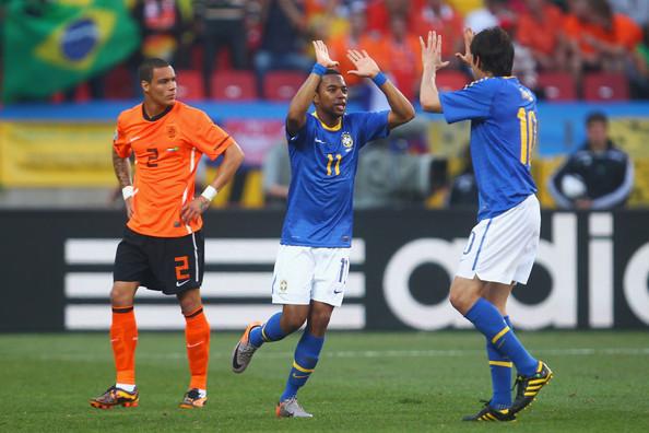 Robinho+Kaka+Netherlands+v+Brazil+2010+FIFA+Dty8RFU5ILLl