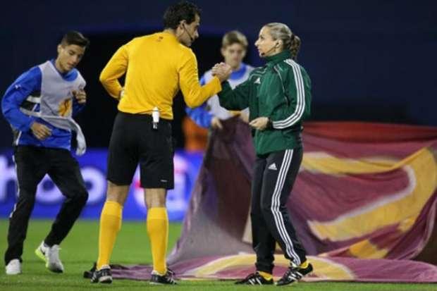 referee (6)
