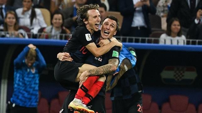 luka-modric-mario-mandzukic-croatia-world-cup-2018_jxkq3uqij6x914r35yhyd2sm7