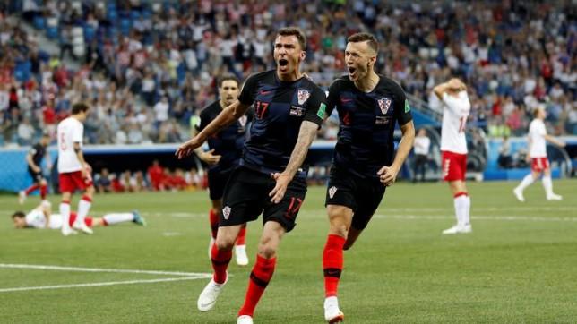كأس العالم 2018 .. بداية نارية في مباراة منتخب كرواتيا والدنمارك .. هدفين في 4 دقائق!