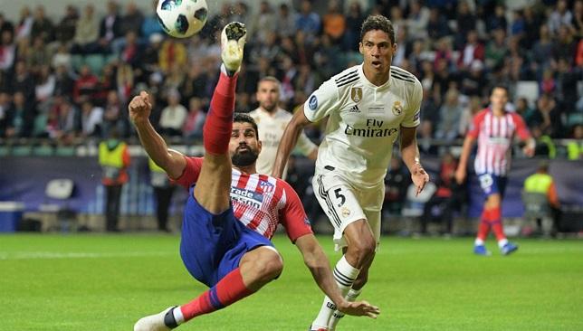 diego-costa-raphael-varane-atletico-madrid-real-madrid-uefa-super-cup-2018_a6wsdsyv72ftzg58vcr1pjoy