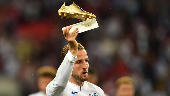 كين يتسلم الحذاء الذهبي قبل مواجهة إنجلترا وإسبانيا سبورت 360