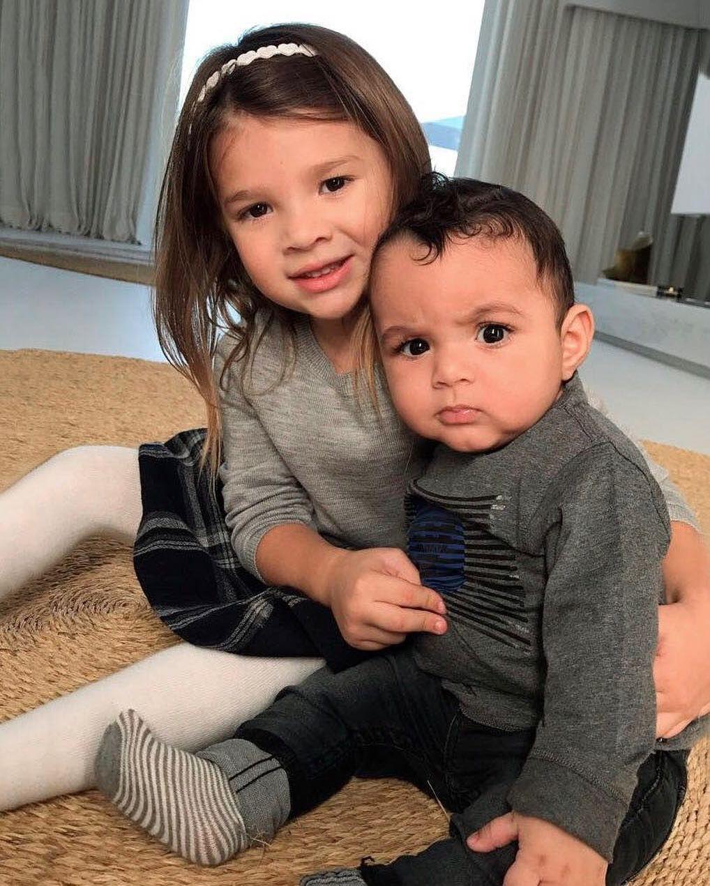 ميليا وإبراهيم بنزيما ( الصورة من انستجرام)
