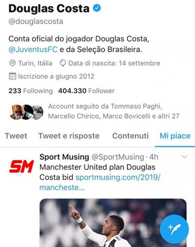 douglascosta.like.twitter.manunited.690x872