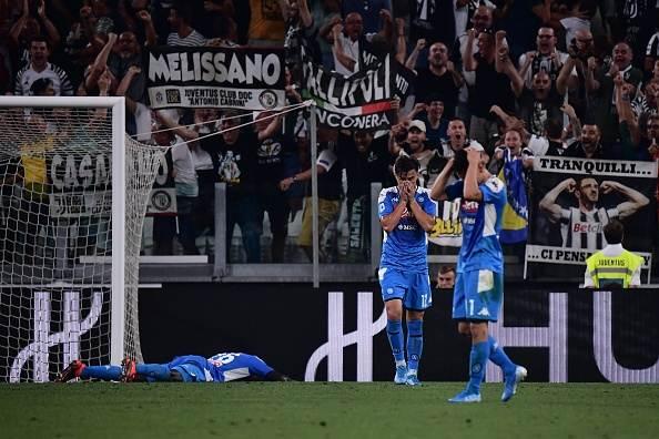 هدف كوليبالي مدافع نابولي ضد مرماه في مباراة يوفنتوس