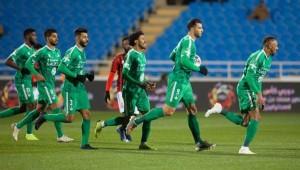 صورة من مباراة الأهلي والرائد