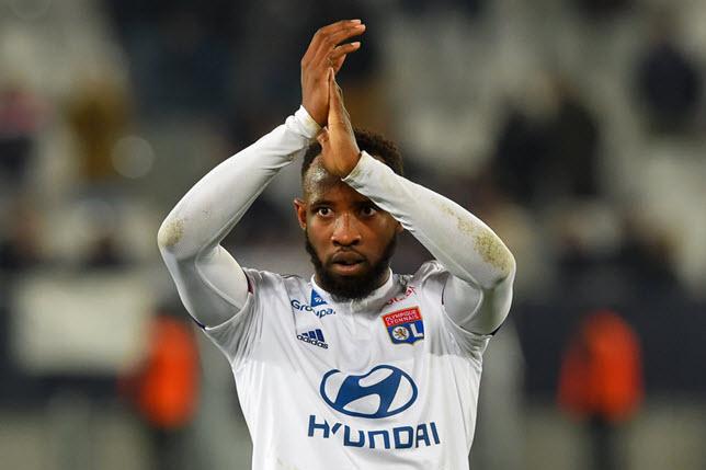 موسى ديمبيلي لاعب أولمبيك ليون