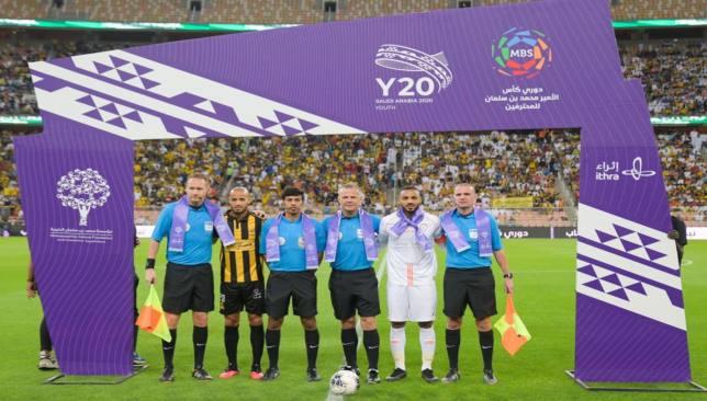 أخبار الدوري السعودي : إيقاف  إجباري  لتدريبات الحكام قبل عودة الدوري السعودي - سبورت 360