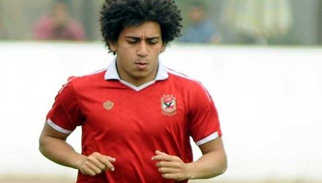 حسين السيد لاعب الأهلي والمعار لصفوف الصفاقسي