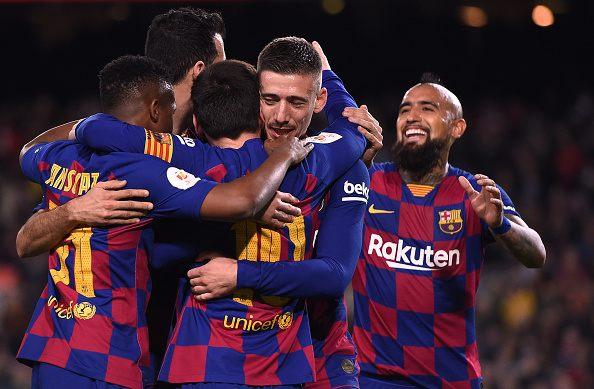 لونجليه يحتفل بهدفه مع برشلونة ضد ليجانيس في كأس ملك إسبانيا